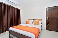 OYO 12033 Hotel Royal Residence
