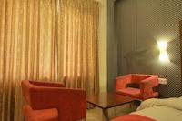 OYO 1531 Vels Grand Inn Hotel Deluxe