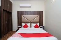 OYO 12126 Hotel Shagun Residency