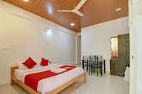 OYO Home 12130 Cozy Stay
