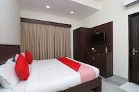 OYO 12143 Hotel SKD