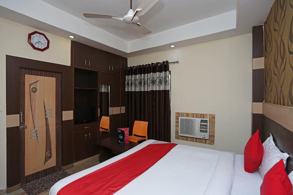 OYO 12177 Hotel Crystal Inn, New High Court Lucknow, Lucknow