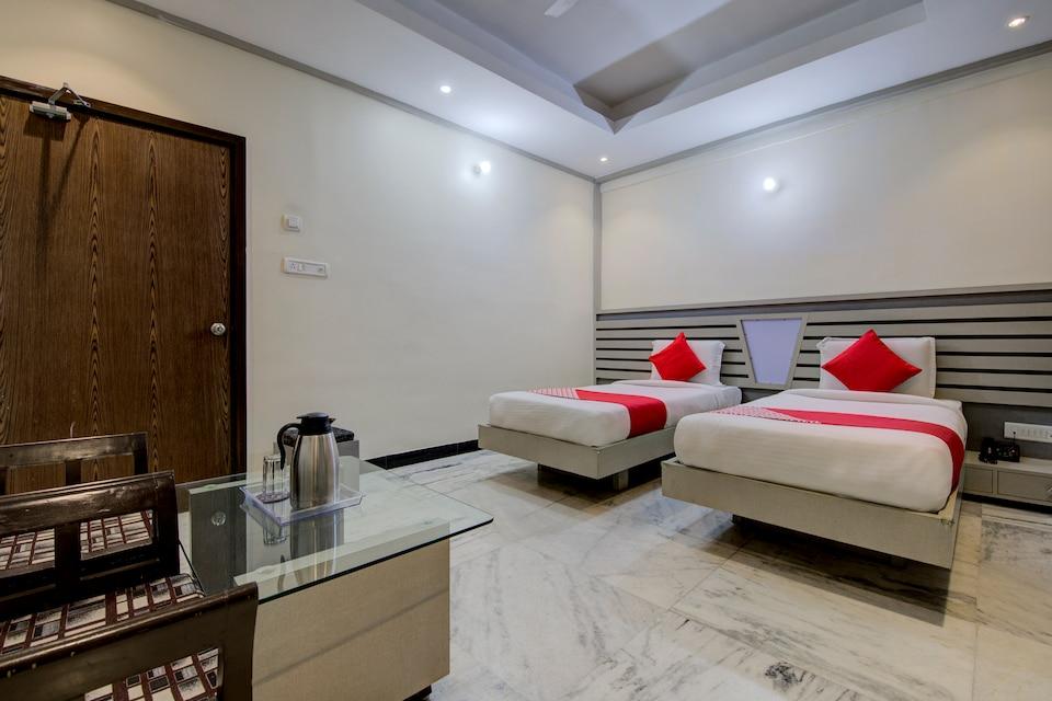 OYO 1545 Hotel Shivani International