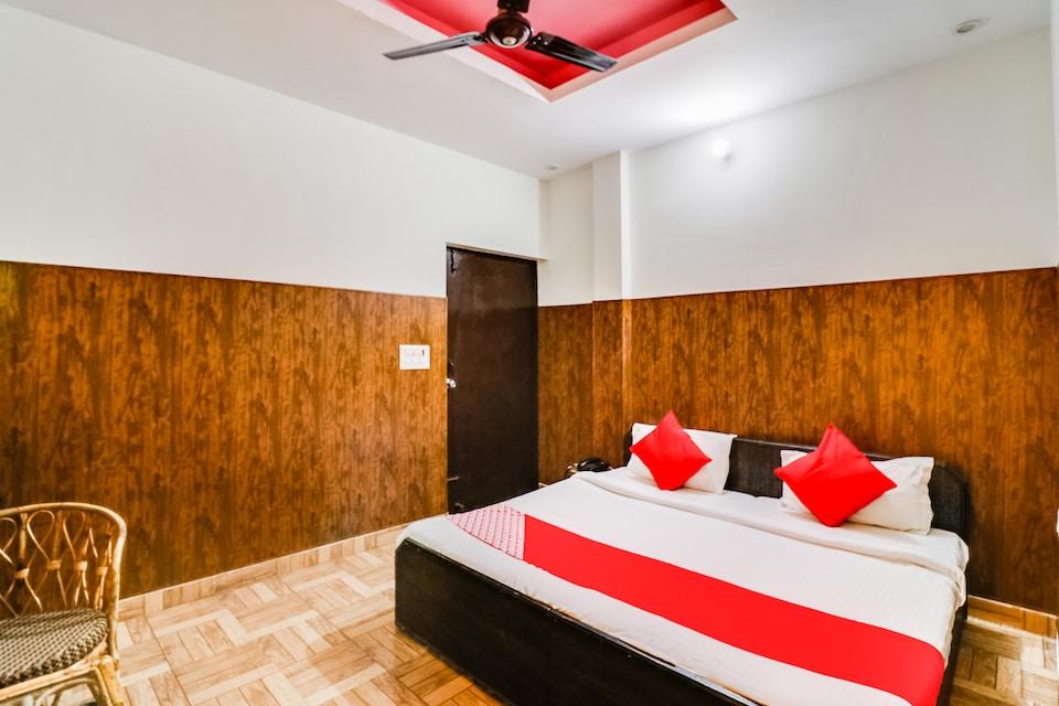 OYO 12248 Hotel Bagirathi Palace