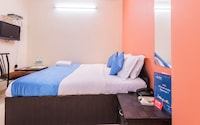 OYO Rooms 153 Airport Road Metro Station