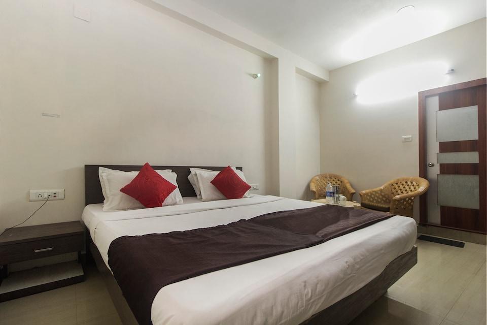 OYO 12305 Raj Residency