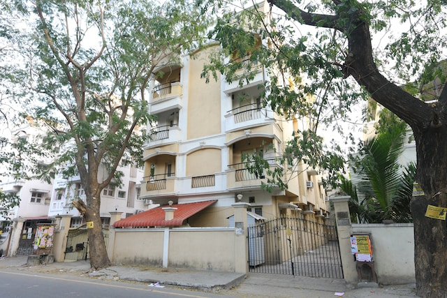SilverKey Executive stays 20001 Ashok Nagar