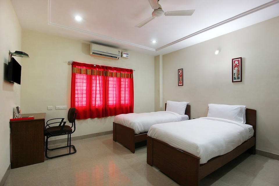 SilverKey Executive Stays 20009 Gachibowli