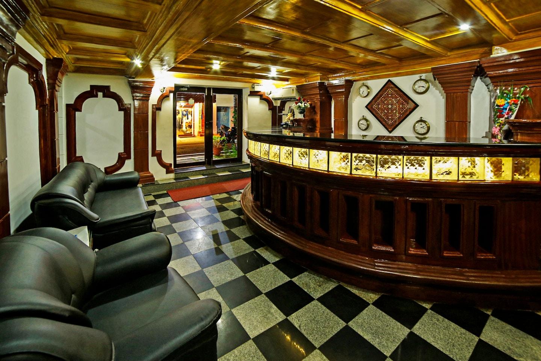 OYO 1562 Hotel Le Chateau -1