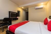 OYO 12361 S24 Hotel