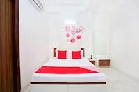 OYO 12379 Hotel Riyasat