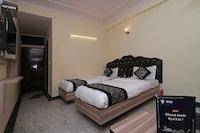 OYO 12419 Hotel Silver Shine