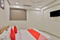 OYO 12462 Hotel Shiv Inn Deluxe