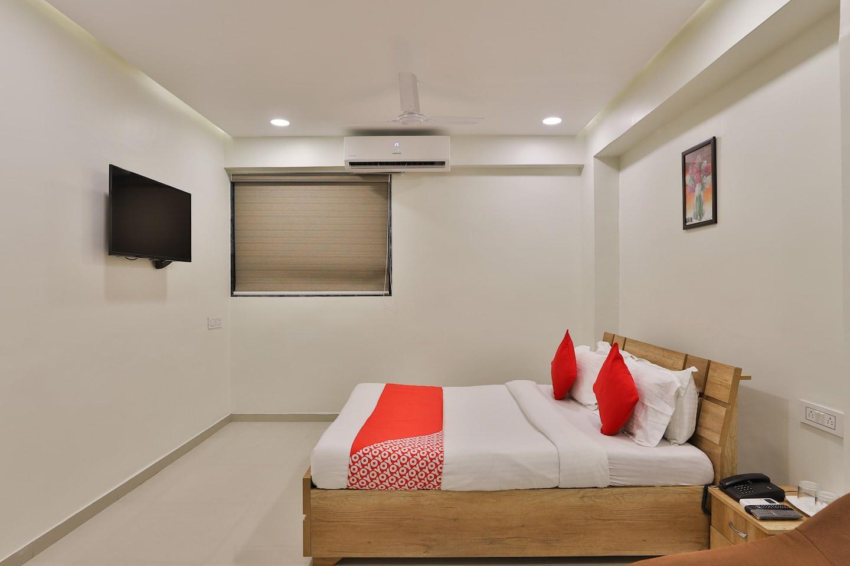 OYO 12462 Hotel Shiv Inn -1