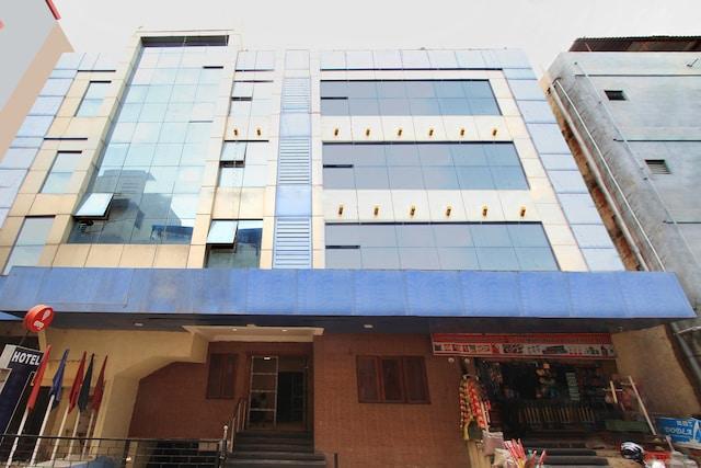 OYO Flagship 12476 Bellandur