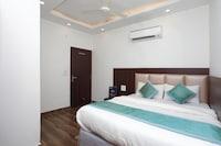 OYO 12503 Hotel Corner Point