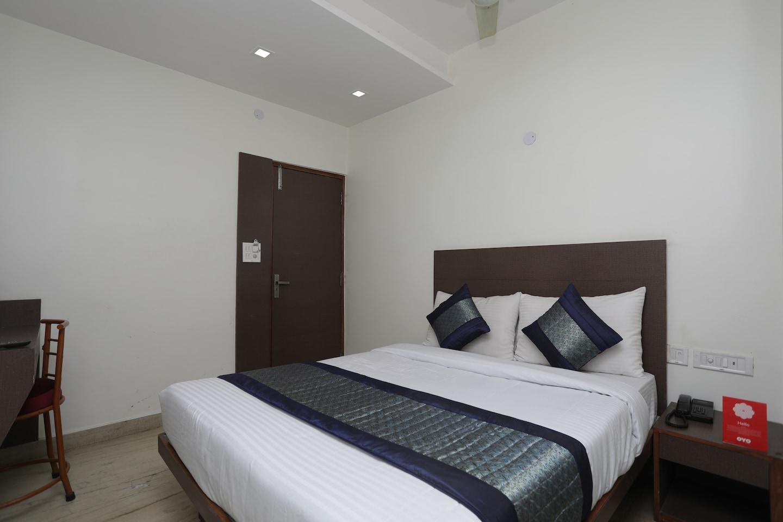 OYO 12519 Hotel Sun Palace -1