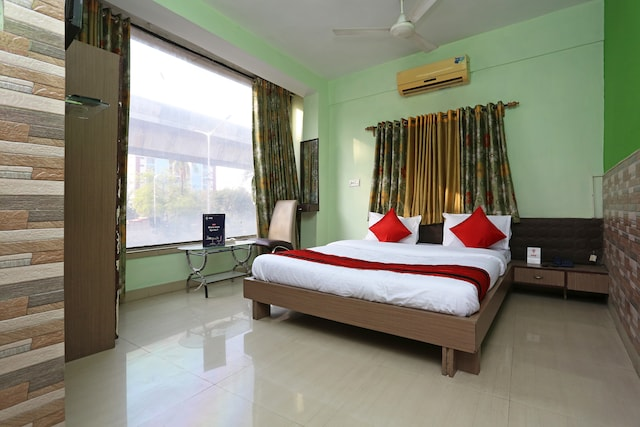 OYO Flagship 12528 Green View Guest House 2