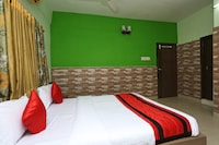 OYO 12528 Green View Guest House 2