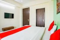 OYO 12534 Hotel BMS Residency