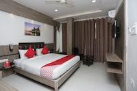 OYO 12652 Hotel Raj Mohan Palace