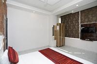 OYO 12673 Hotel Diplomat Regency