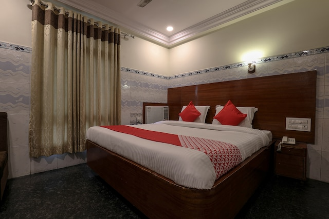 OYO 12680 Hotel Sitara Grand
