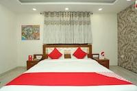 OYO 12692 Amexx Residency