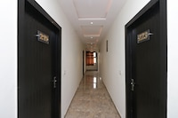OYO 12750 Hotel Jalsa Suite