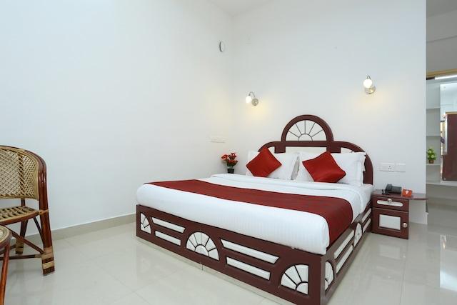 OYO 12759 Hotel Lumino
