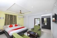OYO 12765 Hotel Golden Rooms Deluxe
