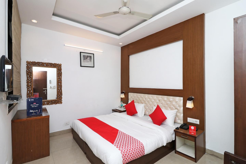OYO 12780 New Hotel Rajwada -1