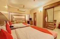 OYO 12811 Hotel Sree Murugan Suite