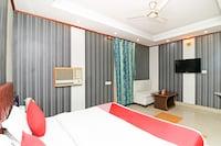 OYO 12848 Hotel Akash - Faridabad