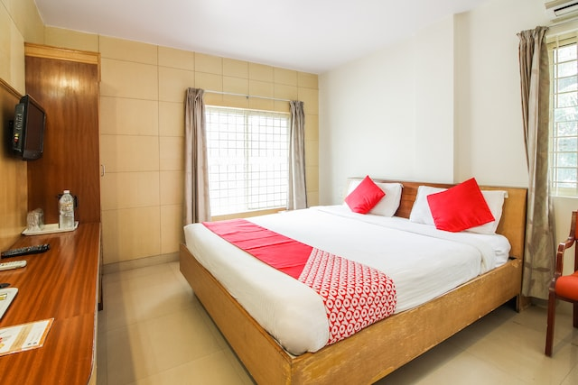 OYO 1633 Hotel White Parrot Deluxe