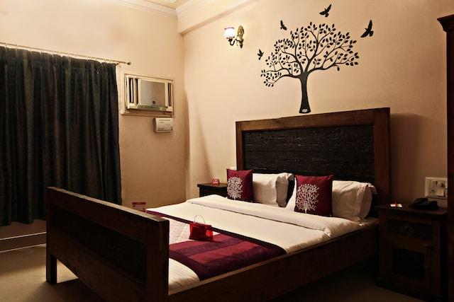 OYO 1656 Hotel Mandela House