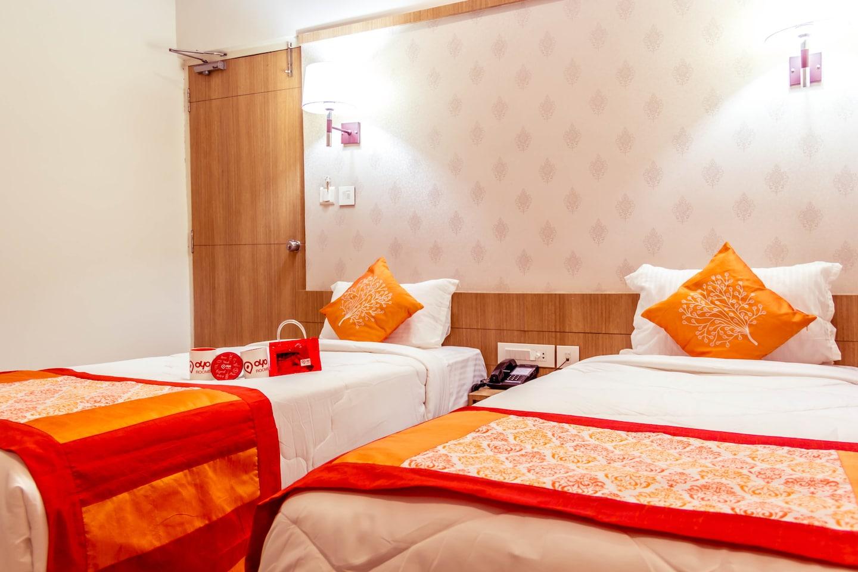 OYO 1661 Hotel Athidi Grand -1