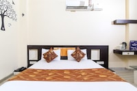 OYO 1671 Hotel Sundaram Deluxe