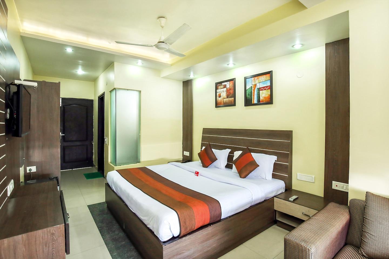 OYO 1673 Hotel MM Yellowuds -1