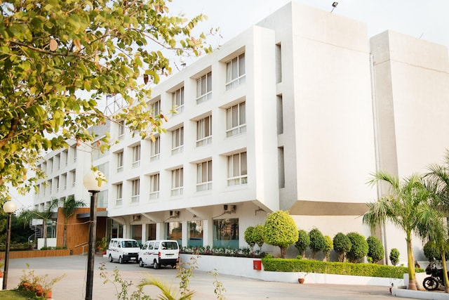 OYO 407 Orritel Hotel