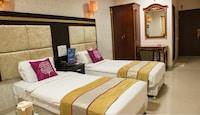 OYO 1693 Hotel Orient Inn