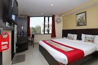 OYO 410 Hotel Lily Bay Inn