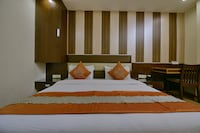 OYO 1721 Hotel Crown Royale