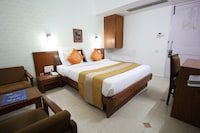 OYO Rooms 064 Mithakali Six Road