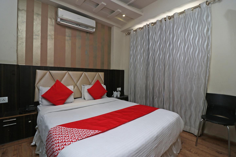 OYO 1807 Hotel Platinum Inn -1