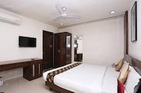 OYO 1824 Hotel Grand Peepal