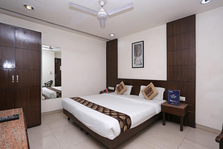 OYO 1824 Hotel Grand Peepal -1