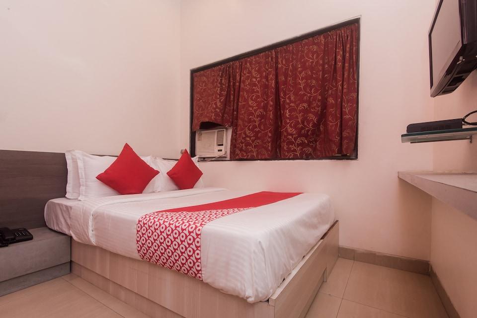 OYO Flagship 425 Hotel Wanton House, Mumbai Airoli-Vashi, Mumbai