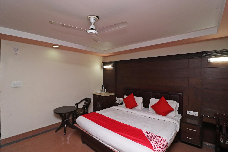 OYO 1835 Sun Hotel Agra -1