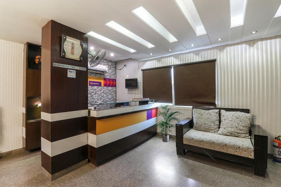 OYO 32589 Hotel Sky Lark, Old Gurgaon, Gurgaon